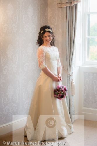 D2288-033-The_bride_is_ready_in the_Silver_Room_at_Prestwold_Hall_near_Loughborough_in_Leicestershire