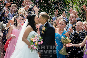 D2358-160-The_happy_couple_are_covered_in_confetti